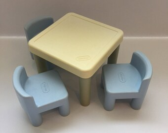 Vintage Little Tikes Dollhouse Table And Chairs