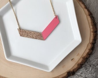 Hand painted Wooden Chevron Necklace//Pink and Gold Chevron necklace//Chevron Necklace//Wood Necklace