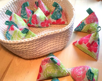 Linen look floral cotton pattern weights in packs of 6 or 12