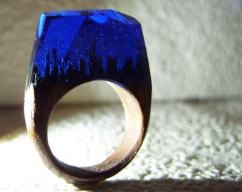 """Walnut ring """"Deep blue"""".  Womens wood ring.  Wood ring resin.  Wooden fashion jewelry."""