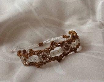 The filigree bracelet in white gold