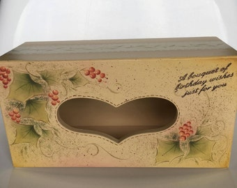 Wooden tissue case with Love-shaped