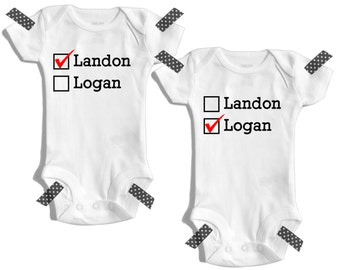 Twins baby gift - Twin outfit - Twin baby clothes - Twin personalized outfit - Matching twin set - Baby shower gift twins - Twin boys