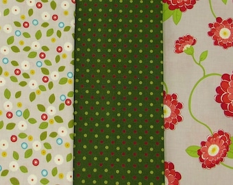 """Contemporary flowers coordinating cotton prints, Windham's """"Wallflowers"""" prints, large floral, 3 yards for quilt fabric stash, craft fabric"""