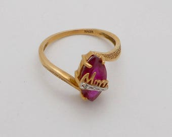 """Vintage 10K Yellow Gold """"Mom"""" Red Stone Ring--Sz. 6.5 - 7"""
