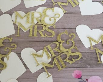 Wedding Table Confetti -  Mr & Mrs with hearts - 50 CT