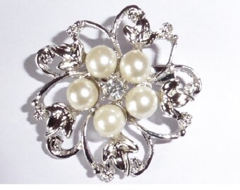 Silver plated faux pearl and rhinestone brooch