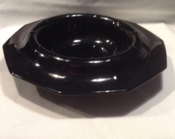 LE Smith rolled edge bowl