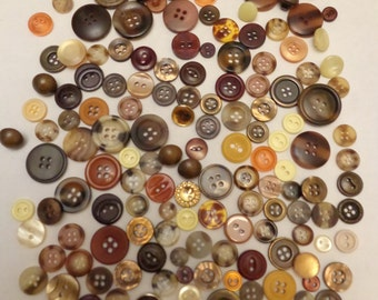 160 Vintage Brown Mix Retro Brown Mix Vintage Brown Mix Yellow Buttons Assorted Buttons Buttons Beige