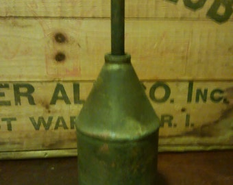 Antique Metal Oil Can/Vintage Oil Can/Old Oil Can/Vintage Oil/Oil/Old Can/Vintage Cans/Metal Cans/Vintage Tool/Old Tools/ Metal Tool/Oil/Can