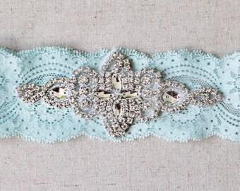 Something Blue Pearl Garter, NO SLIP garter, vintage pearl flowers rhinestone garter, blue garter