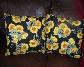 Hand made pillow,  Floral Print accent pillow, indoor outdoor  pillow, decorative pillow, throw pillow, includes insert