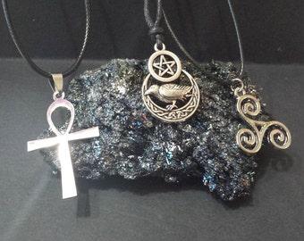 Pagan symbols wicca, wiccan jewelry, paganism, Pagan, wicca, Goddess, triquetra, mjolnir hank