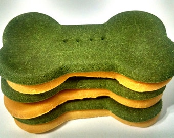 Spinach & Cheddar Cheese Dog Treats Cookies *All Natural and Organic* St Patrick's Day