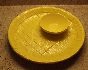 Haeger Chip and Dip Tray, Haeger Tray, Yellow, Basketweave Look, Bright Yellow Chip and Dip Platter, Haeger 3193