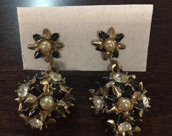 Vintage Screw Back Earrings