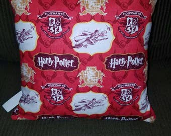"Harry Potter, Crest, or Griffyndor 16"" x 16"" Decorative Throw Pillow (with Insert)"