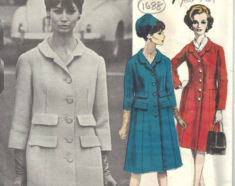 1961 Vintage Vogue  Sewing Pattern B32 COAT (1688) By JACQUES HEIM