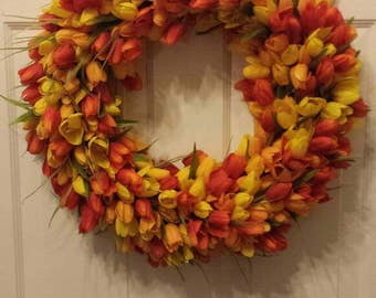 Tulip wreath / spring wreath / summer wreath / front door wreath / holiday wreath / door wreath / Easter wreath