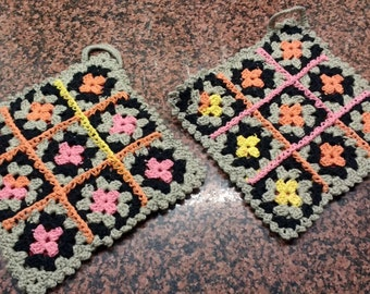 Pot-Holders granny style