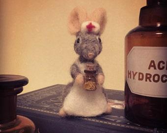 Nurse mouse- needle felted nurse gift