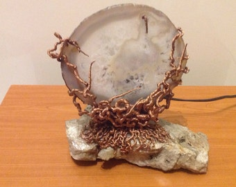 Lamp, agate and copper.