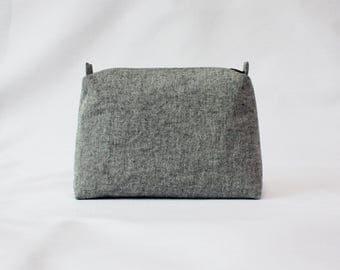 Gray pouch, gray makeup bag, gray cosmetic bag, linen pouch, gray linen pouch