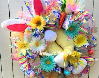 Easter Bunny Wreath, Bunny Butt Wreath, Bunny Bottom Wreath, Easter Wreath, Bunny Wreath, Bunny Legs, Spring Wreath, Carrot Wreath,Deco Mesh