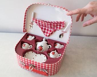 Ladybug Porcelain Tea set for children - La petite Coccinelle