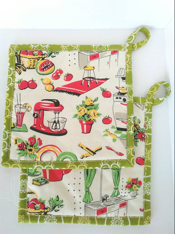 Pot Holders, 50's Style Pot Holders, Micheal Miller Vintage style Fabric Pot Holders, Hot Pad, Kitschy Pot Holder, Quilted Pot Holder