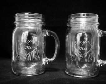 Mason Jar Glass Set 'Mr and Mrs Tree carving'