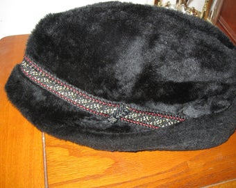 Vintage Faux Black Fur Fedora Men's Hat by   United Hatters, Cap & Millinery Workers International Union. Made in U.S.A.