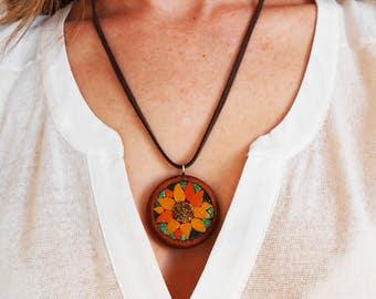 Necklace sunflower