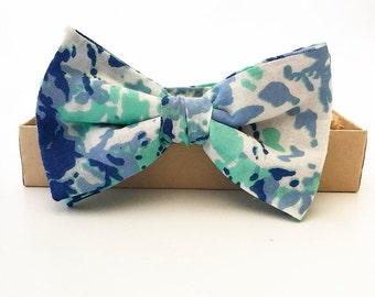 Boys Blue Green Splatter Bow Tie