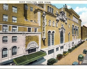 ROXY THEATRE New York City, Real Photo Hand Colored Postcard NYC Street View, Cars ~ Unused, Rare