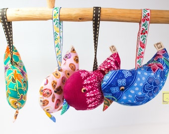 Handmade Lovely Bird KeyChains//Animal Lover//Made to order//Gift for Christmas//Bird doll//Bag Accessories