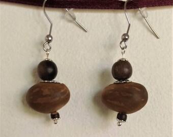 Natural Earrings: seed pea sea