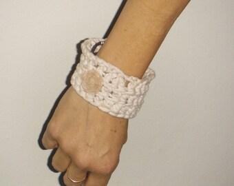 crochet cuff braclet
