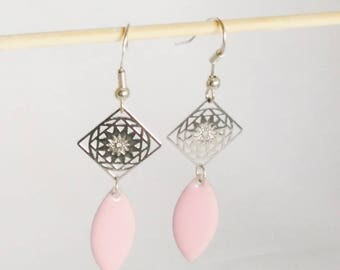 Print losnage and EMAIL ROSE soft drop earrings