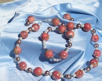 Versatile - can be worn to work/church/dinner etc.