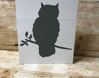 Owl silhouette sign| animal sign| woodlands sign