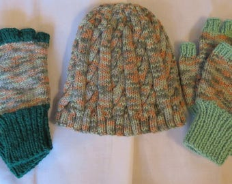Hat Fingerless Gloves Mittens Wrist Warmers Hand Knitted Green Beige