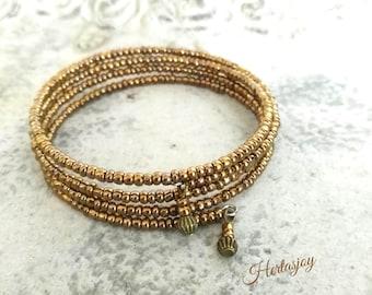Memory wire bracelet in bronze