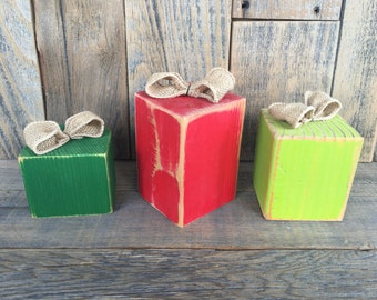 3 wooden gifts