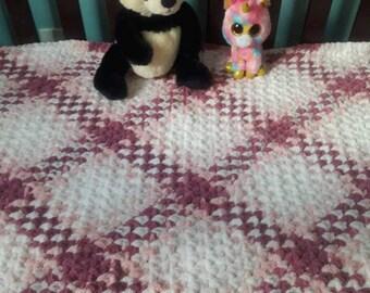 Crochet baby blanket, girls baby blanket, pink baby blanket, newborn, baby shower gift