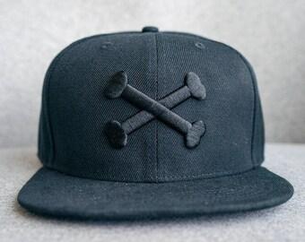 Crossed Bones, Fashion Embroidered Snapback, Cap, Cool Black Hat, Hip-Hop Hats, cocorino Hat, Cool snapback, cool adjustable snapback