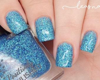 Serenity by Positively Pawlished - light blue holographic glitter 10ml nail polish