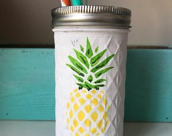 Summer mason jars, pineapple mason jar, pink flamingo, summer decor, birthday party, graduation party, teagher gift, gift, painted mason jar