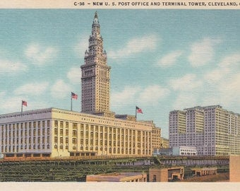 Cleveland, Ohio Vintage Postcard - New U.S. Post Office and Terminal Tower