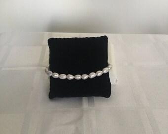 Freshwater pearl sterling silver bracelet
